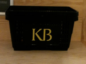 The KB library basket: practical style.